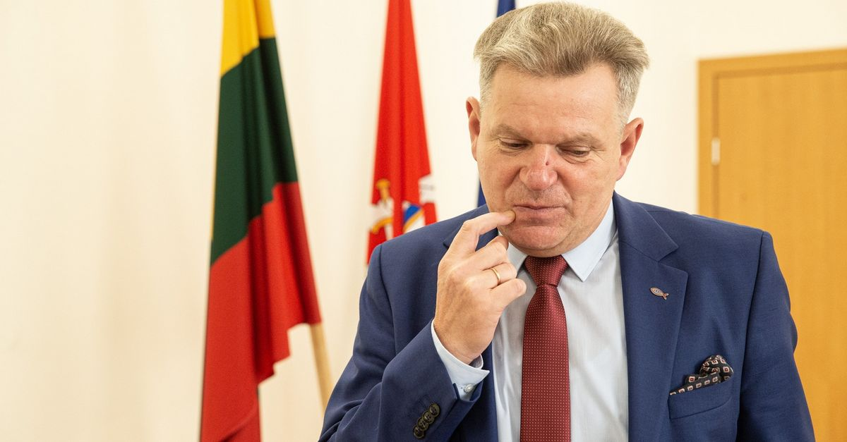 J. Narkevičius – nepopuliariausias politikas