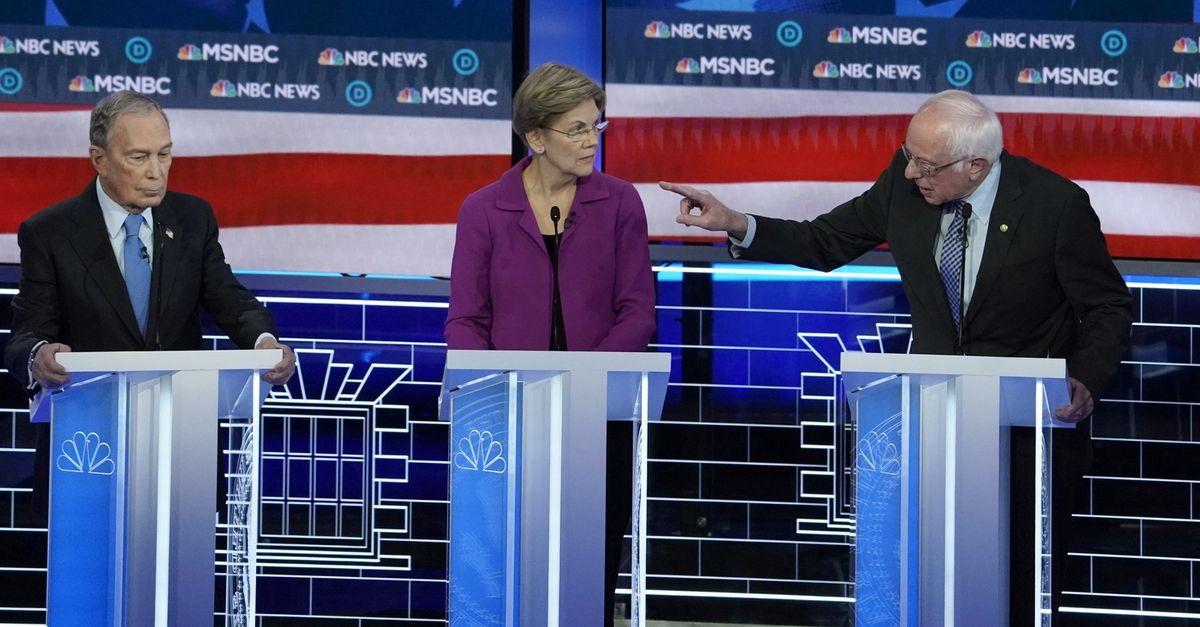 JAV demokratai per debatus užsipuolė magnatą M. Bloombergą