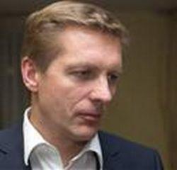 """Arvydas Vaitkus, Arvydas Vaitkus, verslininkas, buvęs Susisiekimo ministerijos sekretorius, buvęs koncernui """"Achemos grupė"""" priklausačios transporto paslaugų UAB """"Achemarida"""" vykdomasis direktorius."""