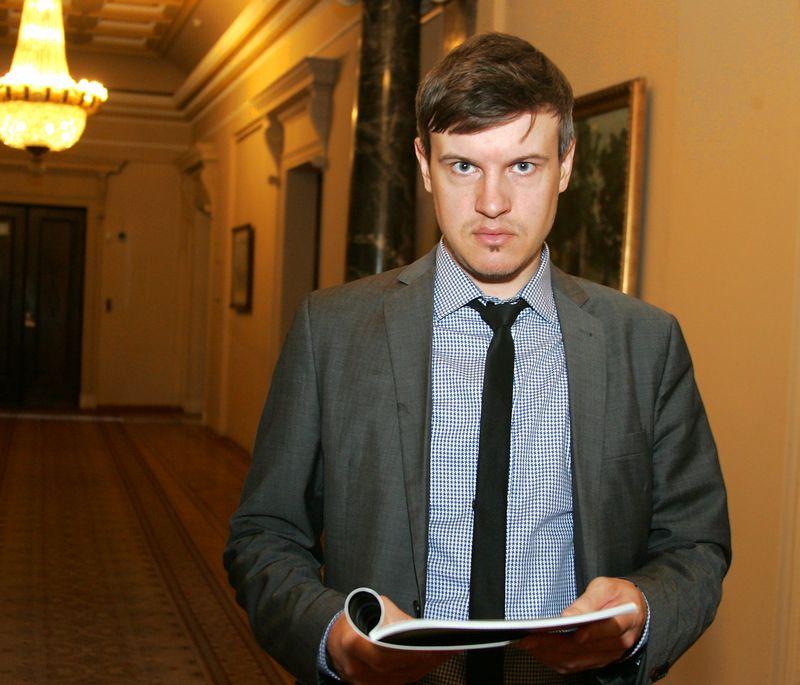 Tomas Kipišas, Šiaulių banko finansų makleris. Algimanto Barzdžiaus nuotr.