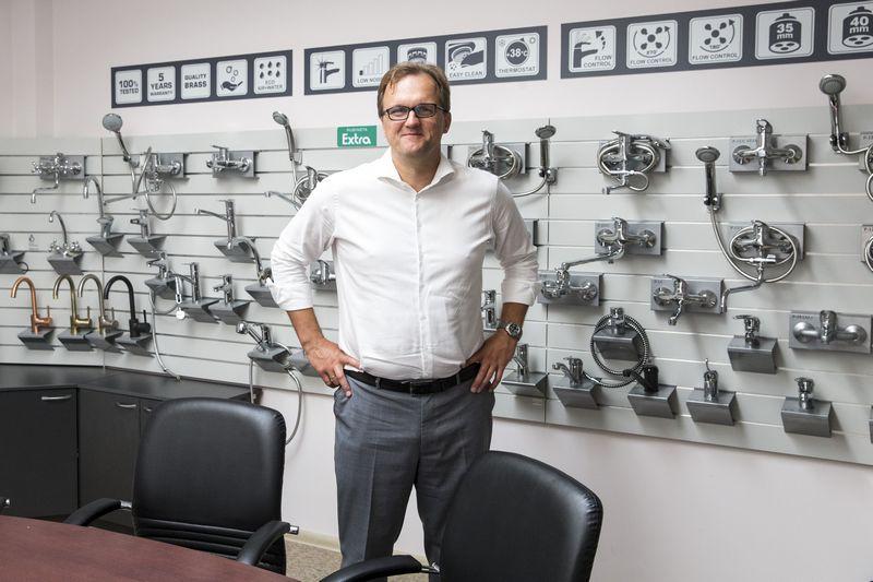 """Rolandas Lukšta, UAB """"Rubineta"""" verslo plėtros vadovas: """"Koncentruojamės į Vidurio Europą, todėl iš esmės keičiame savo organizacijos struktūrą, produktų grupes, formuojame naują komandą, platintojų tinklą."""" Vladimiro Ivanovo (VŽ) nuotr."""