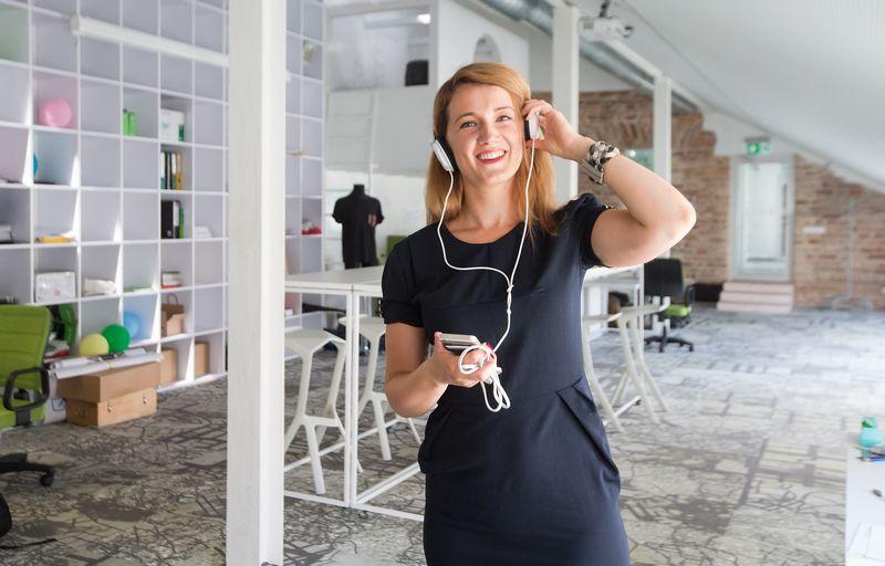 """Simona Andrijauskaitė, vertimo paslaugų sprendimų MB """"Interactio"""" bendraįkūrėja. Juditos Grigelytės (VŽ) nuotr."""