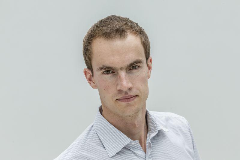 """Donatas Šetikas, """"Orion Securities"""" finansų makleris. Vladimiro Ivanovo (VŽ) nuotr."""