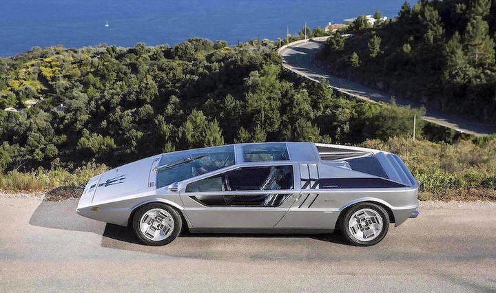Aukcione � senovinis koncepcinis �Maserati� u� 4 mln. Eur