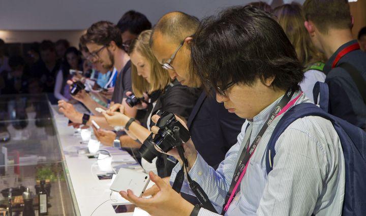 IFA naujienos: �Intel� procesorius, �Asus� gali�nai ir �Huawei� svarstykl�s telefone