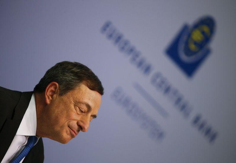 """Mario Draghi, ECB vadovas. Kai Pfaffenbacho (""""Reuters"""" / """"Scanpix"""") nuotr."""