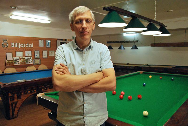 """Ričardas Andriuškevičius, biliardo stalų gamybos UAB """"Bilijardai"""" direktoriaus pavaduotojas, akcininkas. Indrės Sesartės nuotr."""