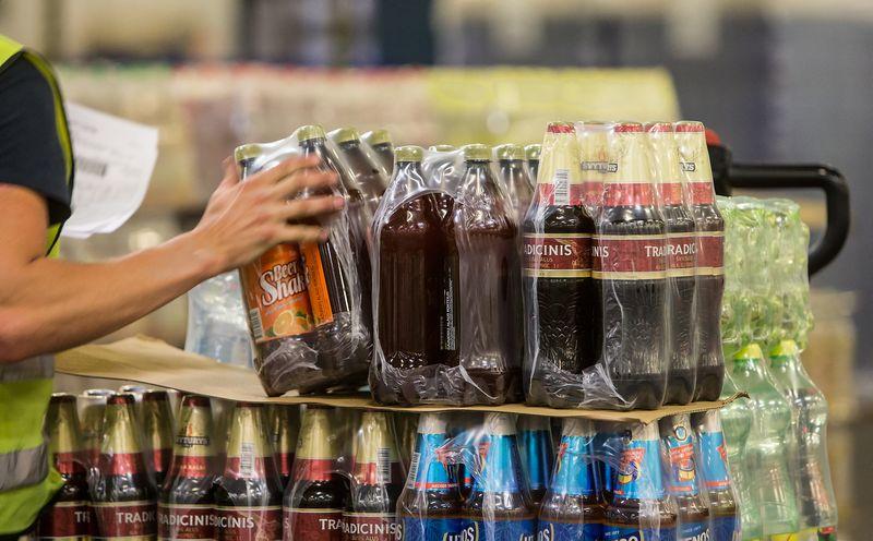"""UAB """"Švyturys-Utenos alus"""" Utenos alaus darykla. Įmonės sandėlis. Juditos Grigelytės (VŽ) nuotr."""