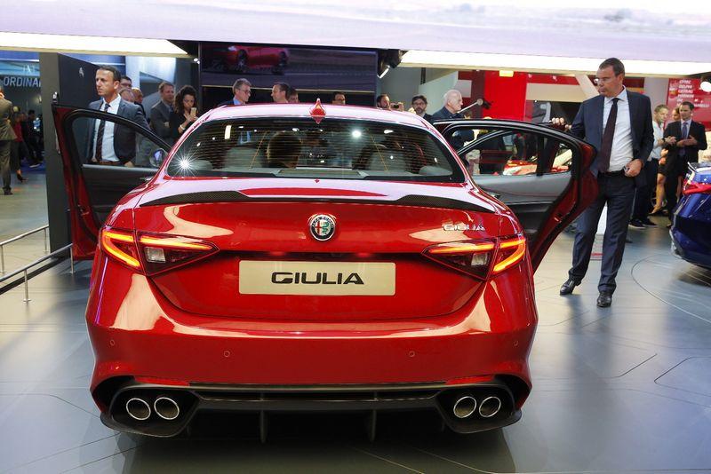 """""""Tarptautinėje Frankfurto automobilių parodoje buvo pristatytas """"Alfa Romeo Giulia"""" modelis. Vladimiro Ivanovo (VŽ) nuotr."""