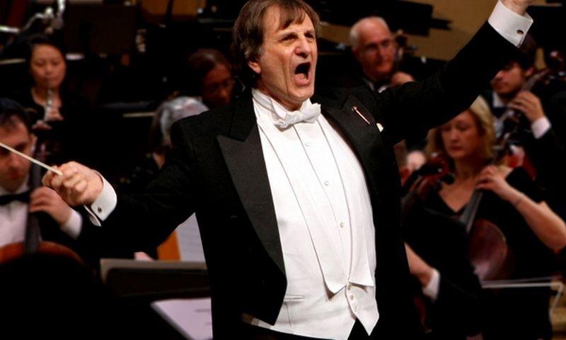 """""""Gaidos"""" atidarymo koncertą diriguos Christopher Lyndon-Gee (JAV). """"Gaidos"""" festivalio nuotr."""