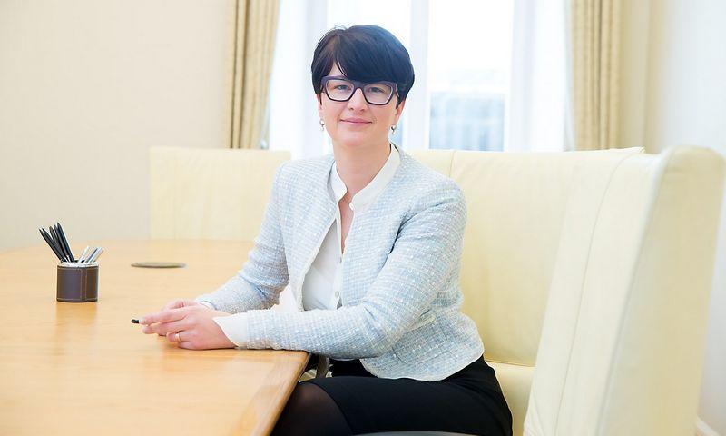 """Dovilė Burgienė, teisininkų kontoros """"Valiunas Ellex"""" imonių praktikos grupės vadovė. Juditos Grigelytės (VŽ) nuotr."""