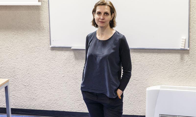 """Daiva Tonkūnienė, reklamos agentūros """"DDB Vilnius"""" generalinė direktorė, apibendrindama tyrimą teigia, kad 2015 m. buvo ypatingi tuo, kad po keleto metų pertraukos šiemet vartotojų simpatijos prekių ženklams vėl pradėjo didėti."""