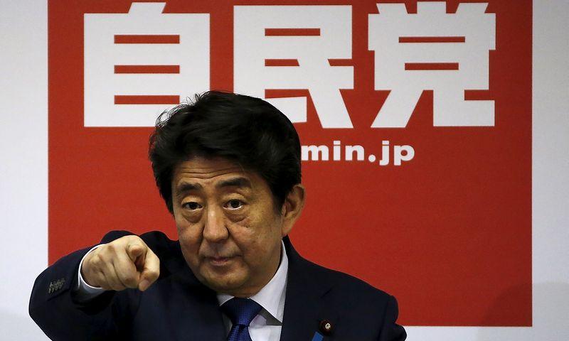"""Shinzo Abe, Japonijos premjeras. Issei Kato (""""Reuters"""" / """"Scanpix"""") nuotr."""