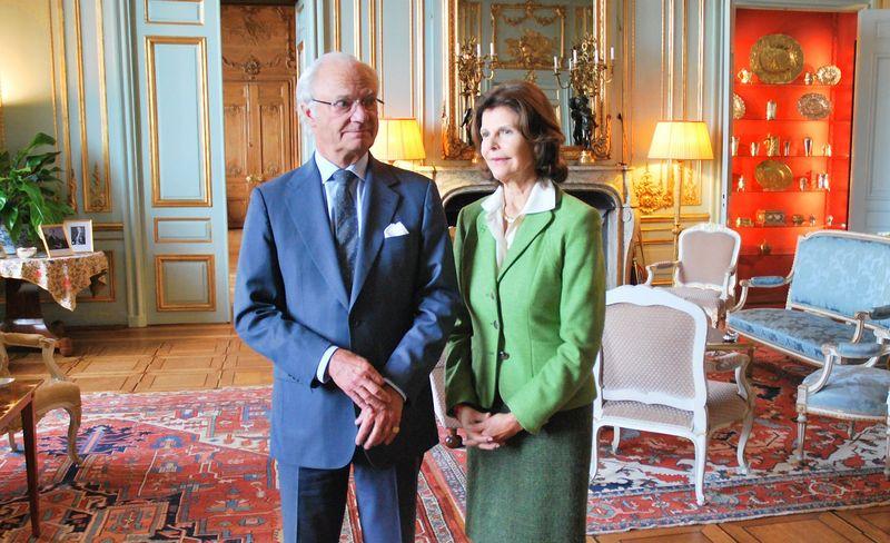 Karlas XVI Gustavas ir karalienė Silvija savo rūmuose vizito į Lietuvą išvakarėse. Daliaus Simėno (VŽ) nuotr.