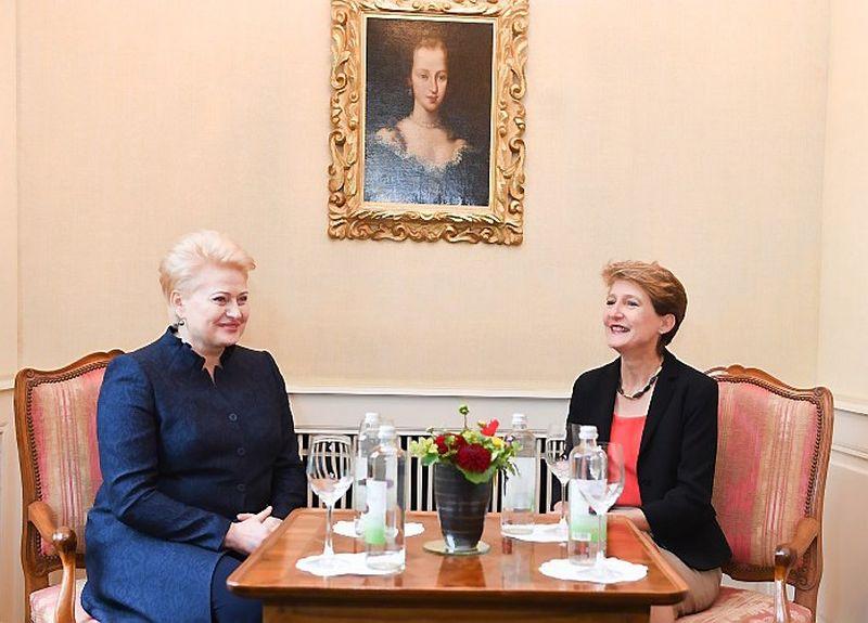 Dalia Grybauskaitė, Lietuvos prezidentė, ir Simonetta Sommaruga, Šveicarijos prezidentė. Roberto Dačkaus (president.lt) nuotr.