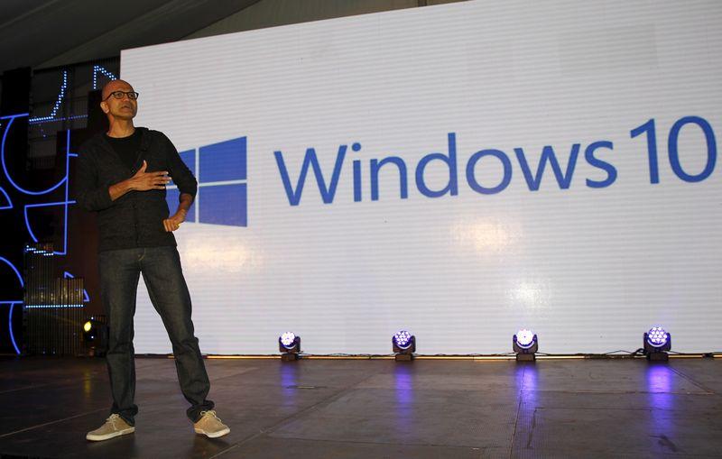 "Satya Nadella, ""Microsoft"" generalinis direktorius. Thomaso Mukoya (""Scanpix""/""Reuters"") nuotr."