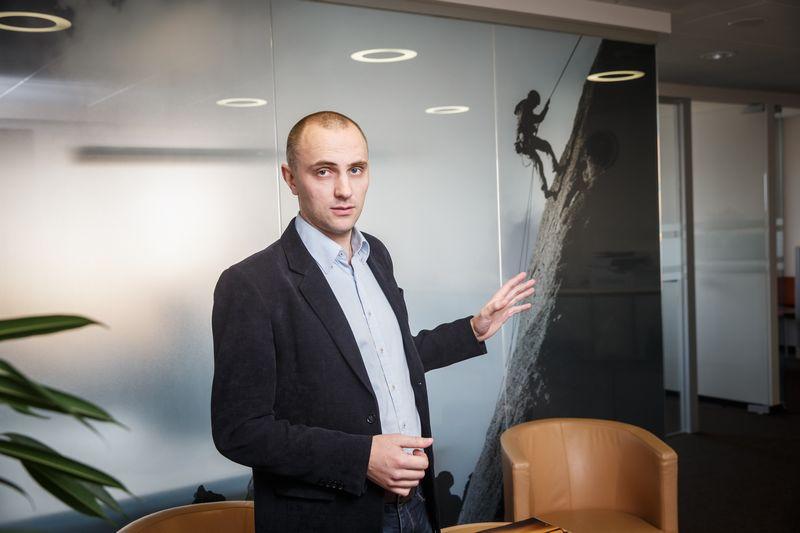 """Dovydas Zinkevičius, """"Columbus Lietuvos"""" pardavimo direktorius, sako, kad Valstybinės mokesčių inspekcijos (VMI) """"i.MAS"""" sistemos diegimui turėtų rengtis ir papildomų lėšų investicijoms numatyti visos įmonės, nes verslo valdymo sistemas teks pertvarkyti, kaip ir prieš euro įvedimą. Vladimiro ivanovo (VŽ)  nuotr."""