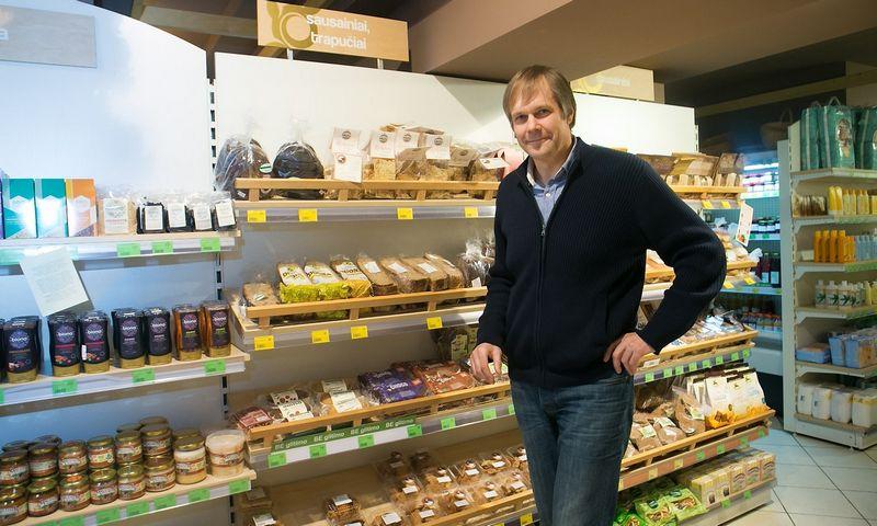 """Andrius Samaitis, ekologiškų parduotuvių tinklo """"Biosala"""" įkūrėjas: """"Dirbame jau šeštus metus, tačiau šiemet bus pirmieji metai, kai jau galėsiu pasakyti, kad ekologiškų produktų verslas yra pelningas."""" Juditos Grigelytės (vž) nuotr."""