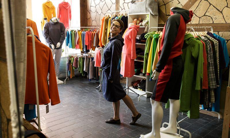 """Diana Lucinavičiūtė, UAB """"Pelonita"""" direktorė, sako, kad naujos parduotuvės atidarymo rūpesčius patikėjo profesionalams. Vladimiro Ivanovo (VŽ) nuotr."""