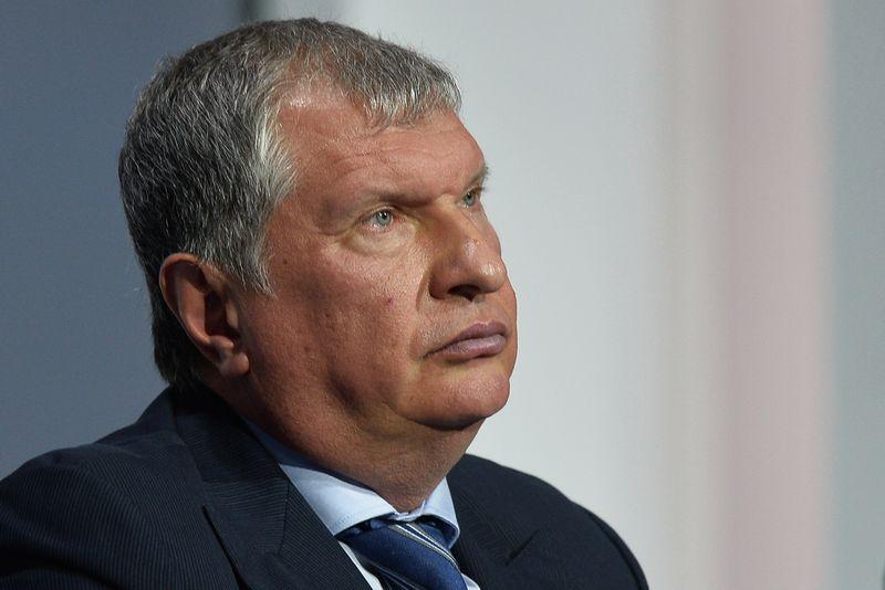 """Igoris Sečinas, """"Rosneft"""" vadovas, pripažįsta, kad vyksta arši konkurencija dėl rinkų, kuriose tradiciškai dominuoja Rusija. """"Reuters"""" / """"Scanpix""""."""