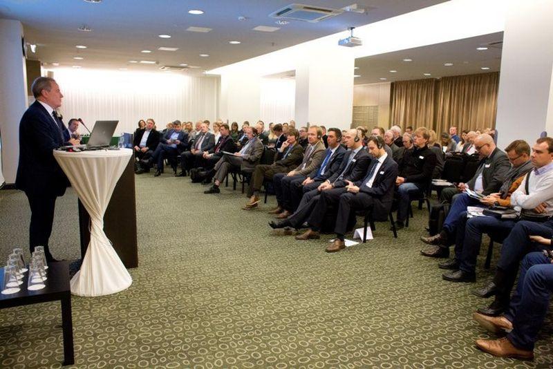 Tikėdamasis sėkmingo Vokietijos ir Lietuvos verslininkų bendradarbiavimo Vilniuje susirinkusios konferencijos dalyvius pasveikino Lietuvos Respublikos aplinkos ministras Kęstutis Trečiokas.  AHK nuotr.