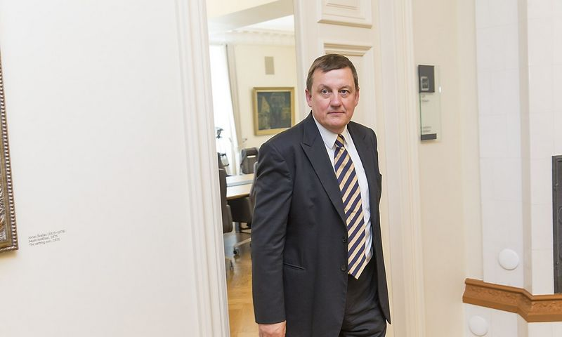 """Rolandas Valiūnas,  """"Investors' Forum"""" valdybos pirmininkas: """"Politikai per likusias 1.990 valandų iki naujų Seimo rinkimų dar gali daug ką nuveikti iš pagrindų kuriant gerovės valstybę"""". Vladimiro Ivanovo (VŽ) nuotr."""