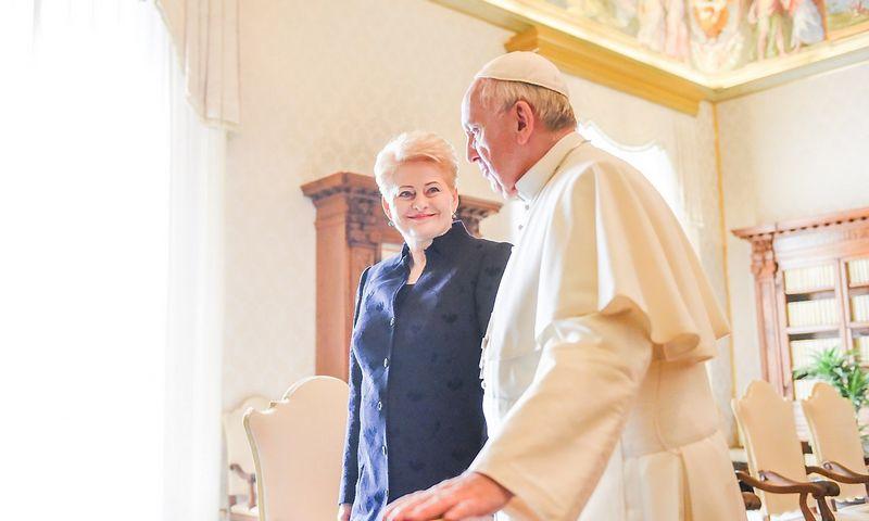 Prezidentė Dalia Grybauskaitė susitiko su popiežiumi Pranciškumi. Roberto Dačkaus nuotr.