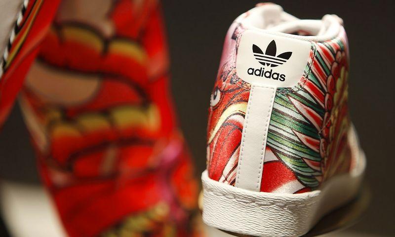 """""""Adidas"""" trečiojo ketvirčio rezultatai nudžiugino analitikus. Michaelos Rehle (""""Reuters"""" / """"Scanpix"""") nuotr."""