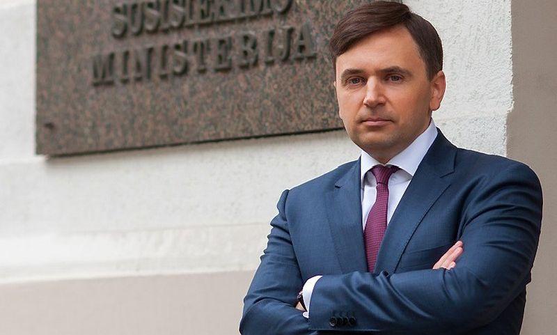 Pasak T. Karpavičiaus, jo pagrindinė funkcija – užtikrinti darbų tęstinumą, o kartu ir burti komandą bei skatinti ją siekti to paties tikslo.  Susisiekimo ministerijos archyvo nuotr.