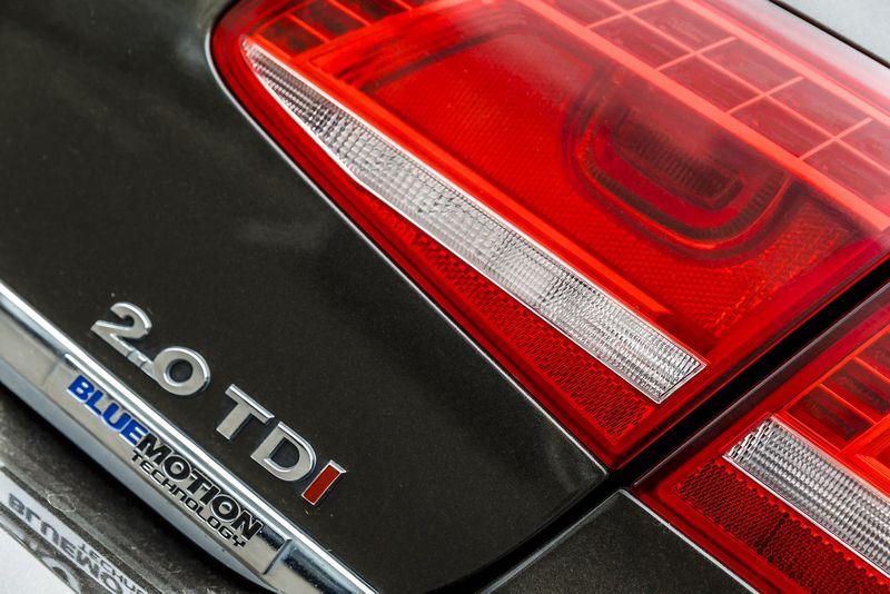 """Dvilitrius turbodyzelinius motorus turinčių """"Volkswagen"""" savininkų laukia gamintojo pasiūlyti pinigų čekiai. Vladimiro Ivanovo (VŽ) nuotr."""