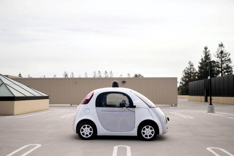 """Google"" savavaldžio automobilio maksimalus greitis – 40 km/val. Elijaho Nouvelage (""Reuters"" / ""Scanpix"") nuotr."