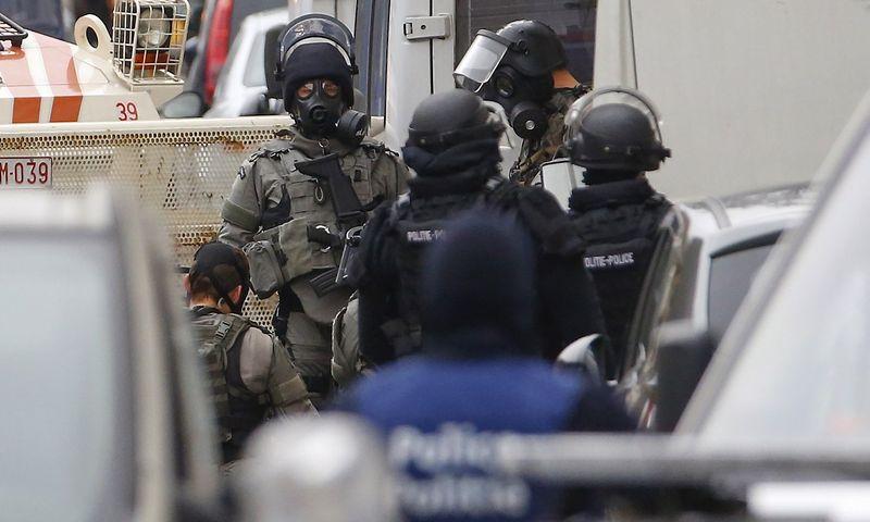 """Per pirmadienio reidus Briuselio Molenbeeko rajone nauji įtariamieji nebuvo sulaikyti.  Yveso Hermano (""""Reuters"""" / """"Scanpix"""") nuotr."""