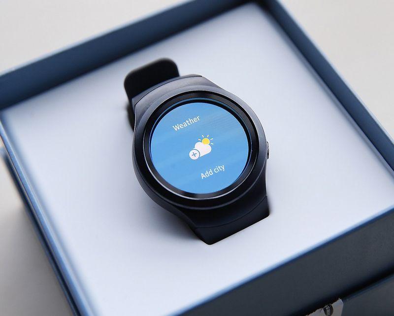 """Išmanusis laikrodis """"Samsung Gear S2"""". Vladimiro Ivanovo (VŽ) nuotr."""
