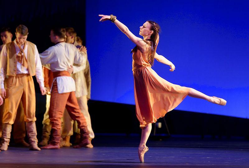 Eglės vaidmenį kuria pagrindinė baleto solistė Kristina Gudžiūnaitė. M. Aleksos (LNOBT) nuotr.
