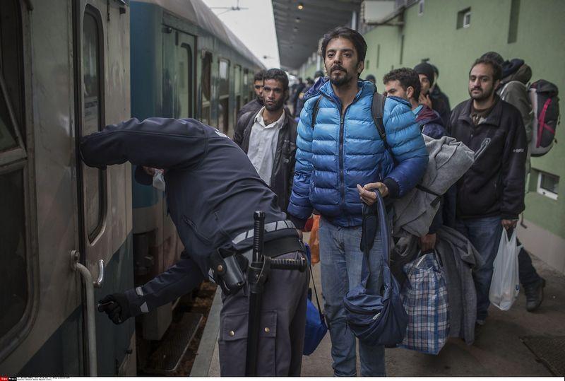 """EK tikina, kad pabėgėliai gali būti naudingi Bendrijos ekonomikai – bet tik tuo atveju, jei šalys narės priims jų integracijai reikalingus politinius sprendimus. Matejaus Leskovseko (SIPA / """"Scanpix"""") nuotr."""