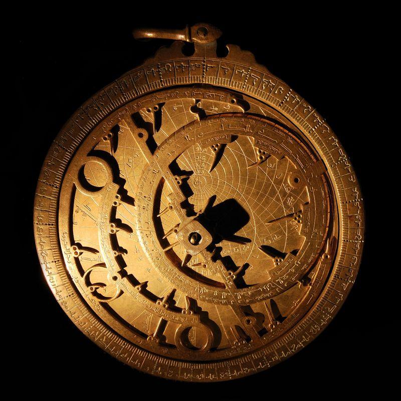 """Astroliabija buvo galima išmatuoti Saulės aukštį virš horizonto. """"Matton"""" nuotr."""