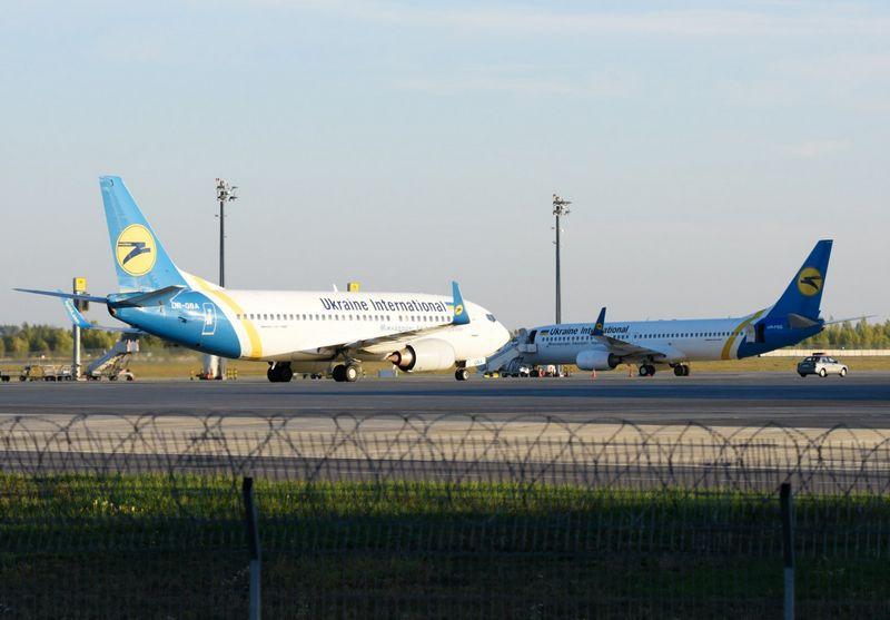 """Ukrainos oro linijų lėktuvai. (""""RIA Novosti"""" / """"Scanpix"""") nuotr."""