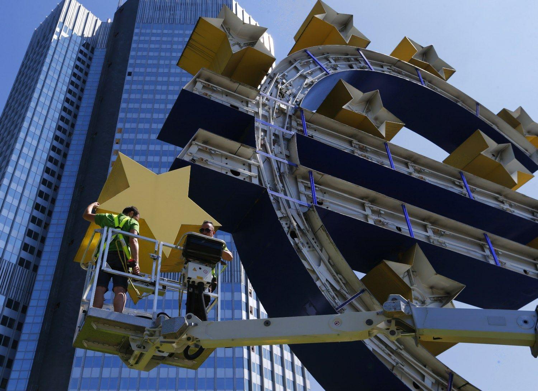 EK �sp�jo 12 euro zonos ekonomik�