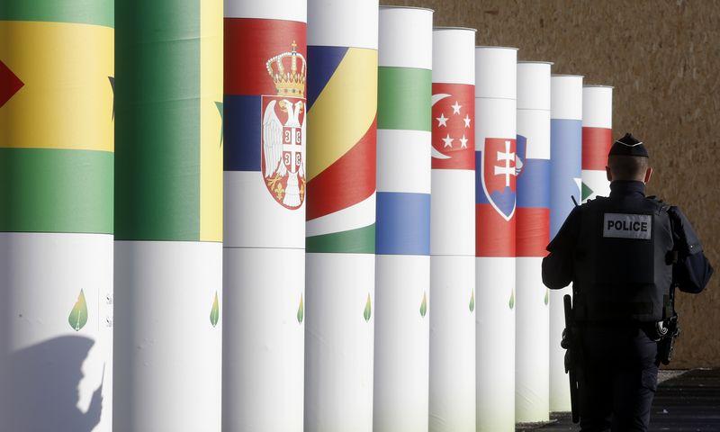 """Pasaulio lyderiai posėdžiaus sustiprinto saugumo sąlygomis. """"Reuters"""" / """"Scanpix"""" nuotr."""