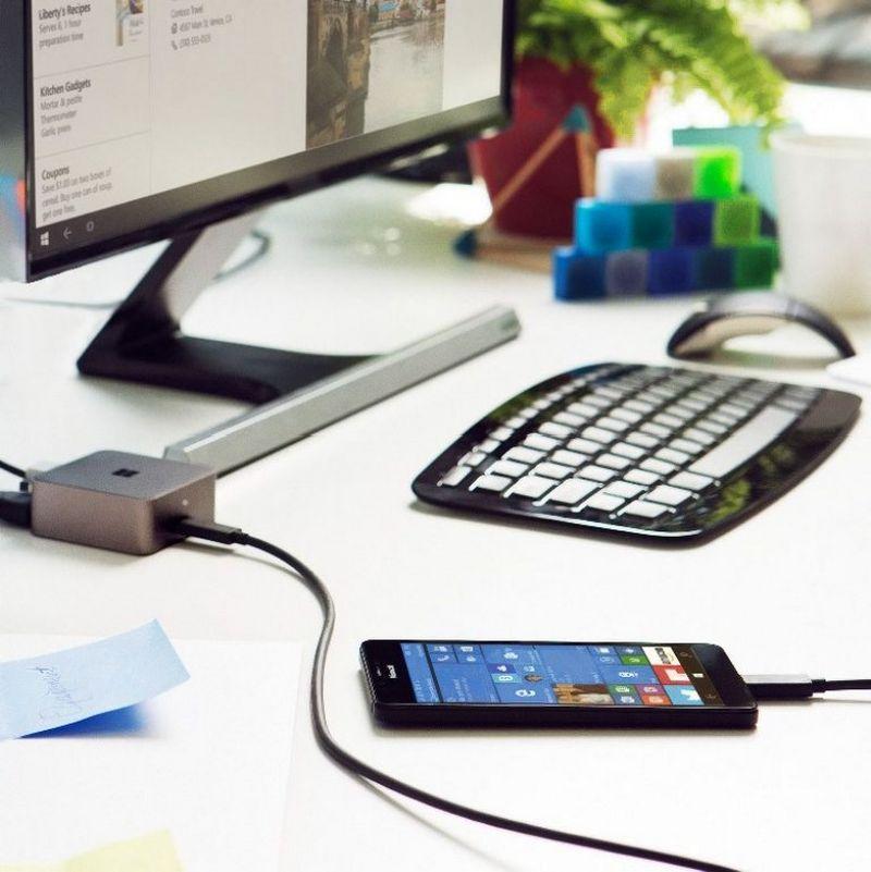 """Už """"Display Dock"""" jungčių dėžutę teks mokėti 109 Eur. """"Microsoft"""" nuotr."""