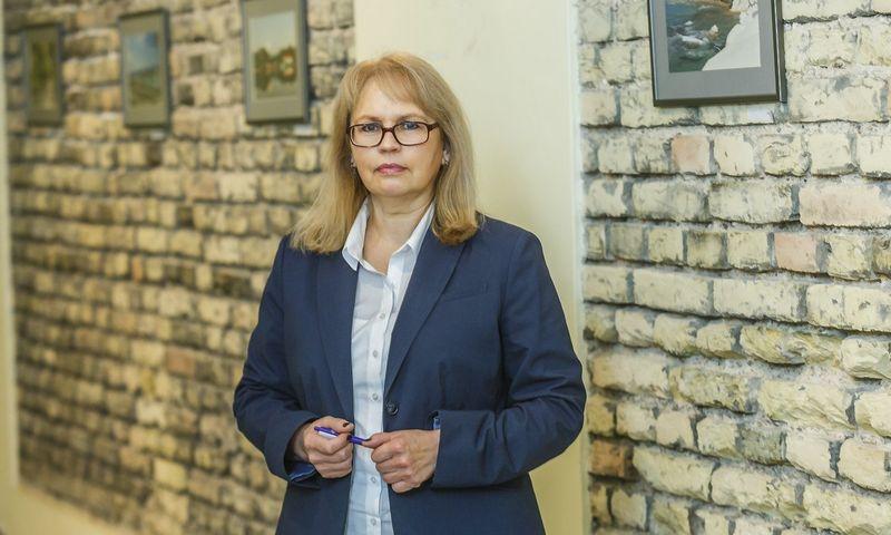 """Visų darbuotojų vertinimo įrankių tikslas yra išgirsti ir pajausti darbuotojų nuotaikas bei, atsižvelgus į jas, kurti geresnę, labiau bendradarbiaujančią organizaciją, sako Virginija Mikutaitė, """"Lietuvos draudimo"""" Personalo departamento direktorė. VLADIMIRO IVANOVO (VŽ) nuotr."""