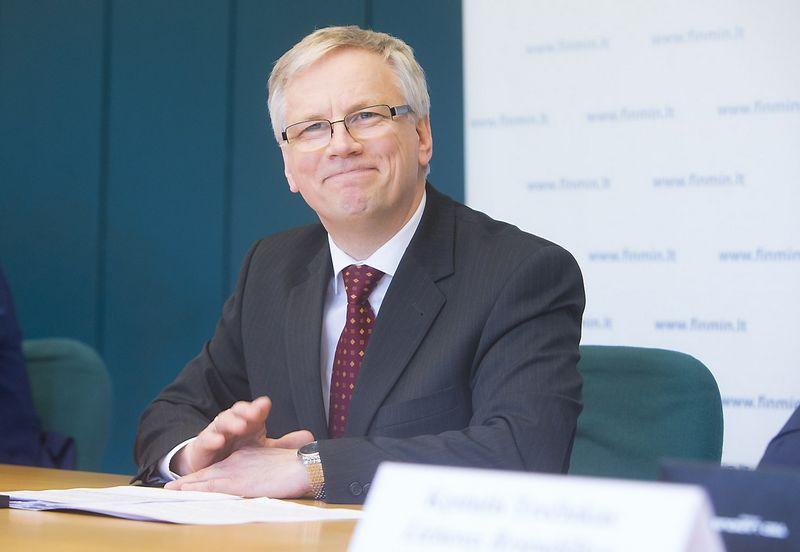 Rimantas Šadžius, Lietuvos Respublikos finansų ministras, sulaukė EK priekaištų   dėl fiskalinės drausmės nepaisymo. Juditos Grigelytės nuotr.