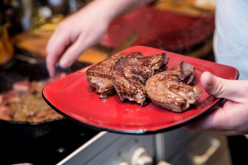 Kiekviena viešojo maitinimo įmonė yra atsakinga už maisto atliekų utilizavimą. Juditos Grigelytės (VŽ) nuotr.