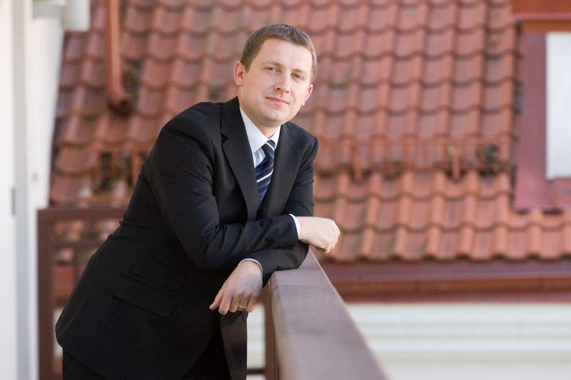 """Domas Klimavičius, investicinio banko """"Finasta"""" finansų makleris. Vladimiro Ivanovo (VŽ) nuotr."""