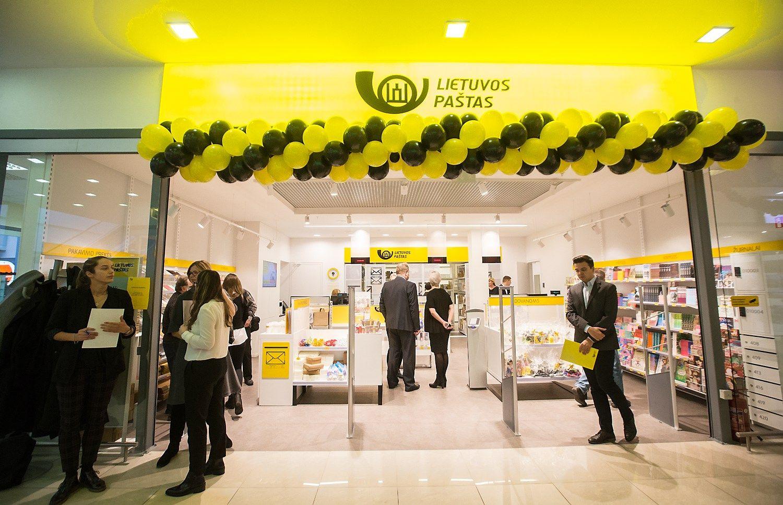 Lietuvos paštas atidarė naujos koncepcijos klientų aptarnavimo centrą