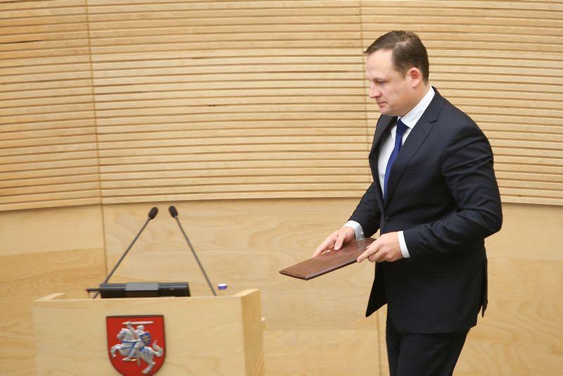 "Generaliniu prokuroru siūlomas Evaldas Pašilis prisistato Seimui. ""15min.lt"" / ""Scanpix"" nuotr."