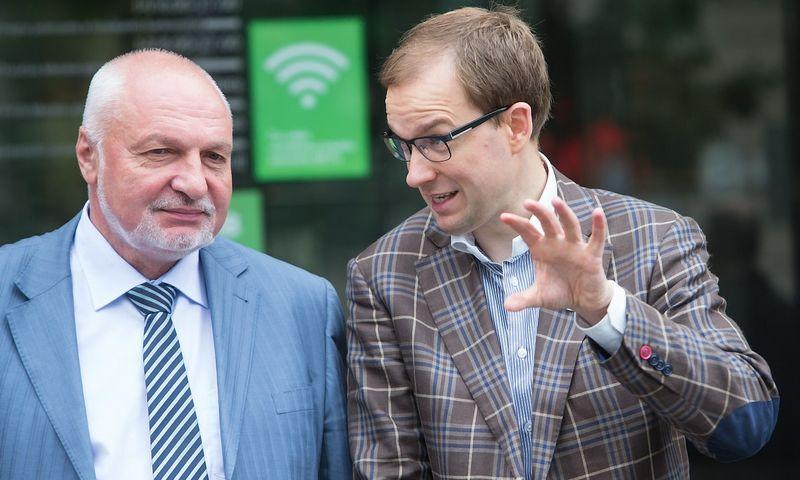 Valentinas Mazuronis, Darbo partijos pirmininkas, ir Vytautas Gapšys. Juditos Grigelytės (VŽ) nuotr.