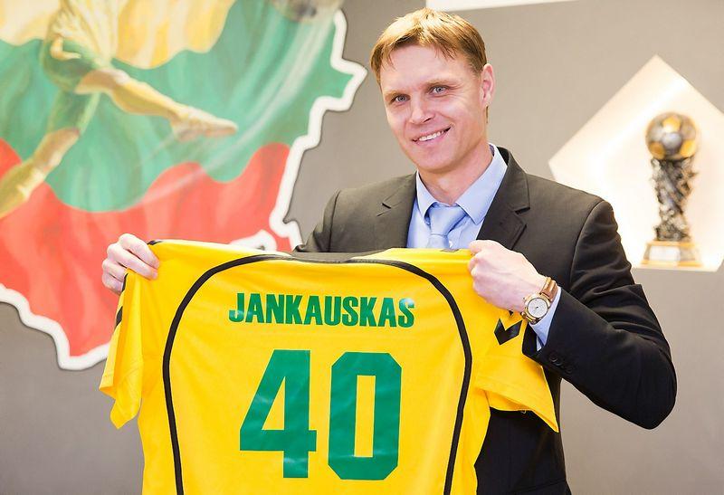 """Edgaras Jankauskas, Lietuvos futbolo rinktinės treneris. """"15min.lt"""" / """"Scanpix"""" nuotr."""