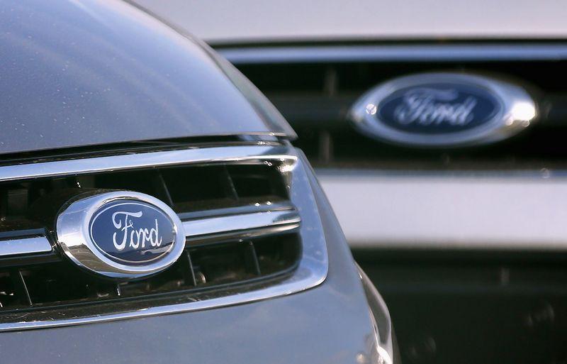 """""""Ford"""" ir """"Google"""" leidosi į derybas dėl savavaldžio automobilio. Francoiso Lenoiro (""""Reuters"""" / """"Scanpix"""") nuotr."""