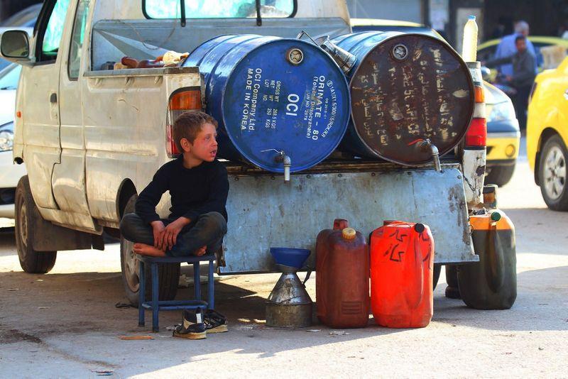 """Didžiausias """"Islamo valstybės"""" pajamų šaltinis – nafta, bet jis tikrai ne vienintelis. """"Reuters"""" nuotr."""
